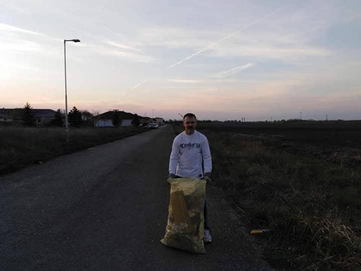 Deň Zeme Voderady - vrecia s odpadkami